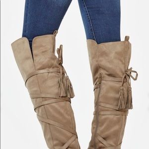 Over the knee boots size 7.5 Grey Justfab(kailani)